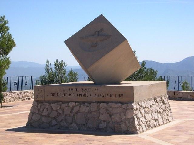 Cub de la Pau a la Cota 705 de la Serra de Pàndols