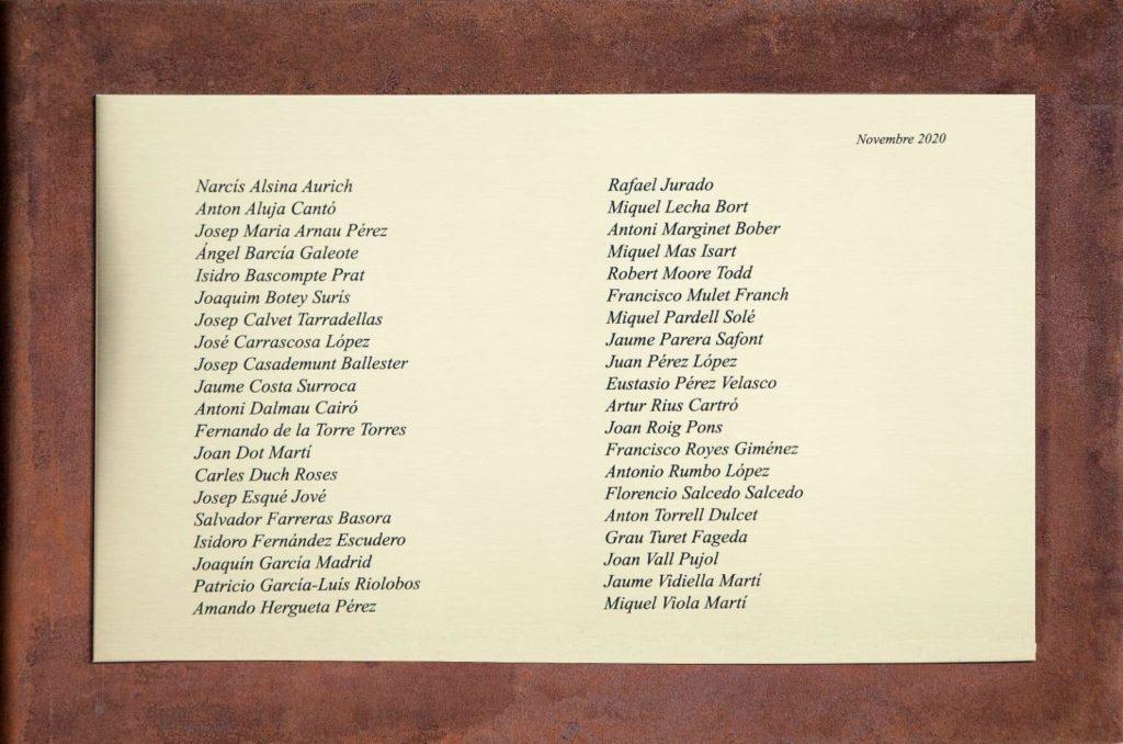 Placa 40 noms víctimes Batalla de l'Ebre